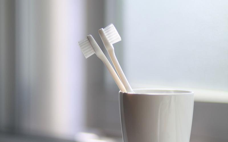 homecare tips, brushing, tooth brush, Darlene Sand Wall DMD, dentistry