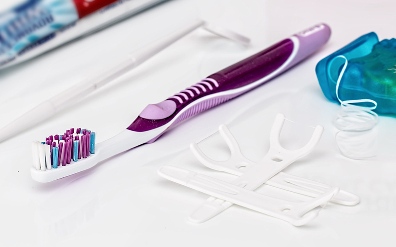 tooth brush, floss, tooth decay, Darlene Sand Wall DMD, dentistry